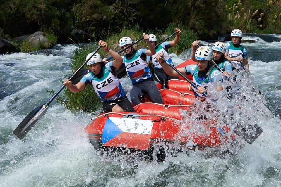 CZE OW New Zealand 2013 downriver
